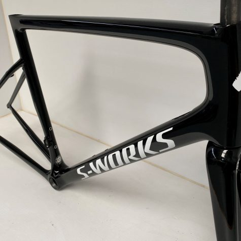 sworks gloss black 1